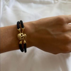 Custom 18k gold, Black stingray women's bracelet